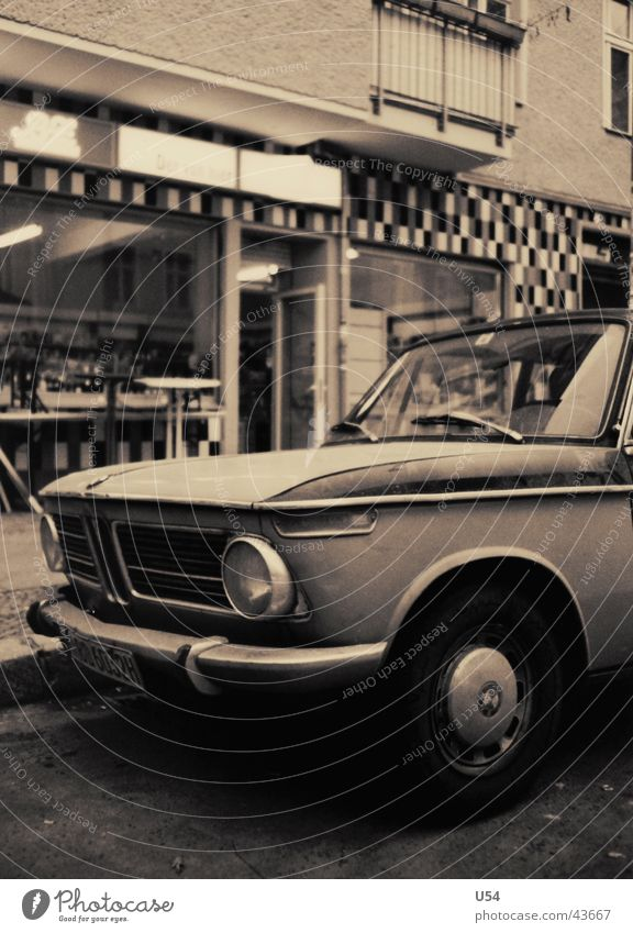 Schnell mal Kippen holen.. Spritztour Geschwindigkeit fahren Verkehr Dynamik BMW Freude
