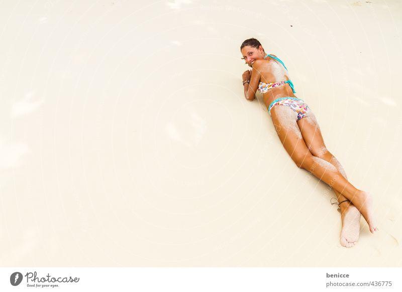 Summer on beach 3 Mensch Frau Ferien & Urlaub & Reisen weiß Sommer Erholung ruhig Strand Erotik liegen Rücken Europäer dünn Sonnenbad Bikini Sonnenbrille