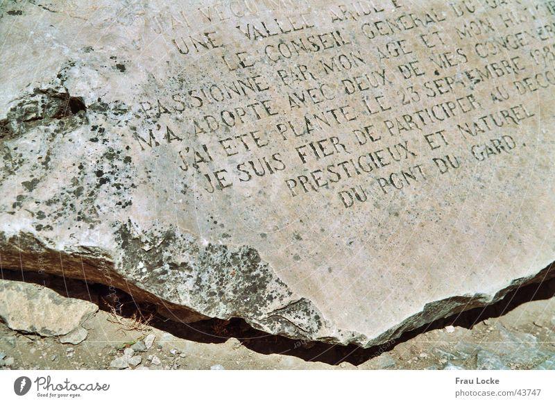 SteinTafel Rom Steinplatten Frankreich historisch Römerberg Porte des Gaules