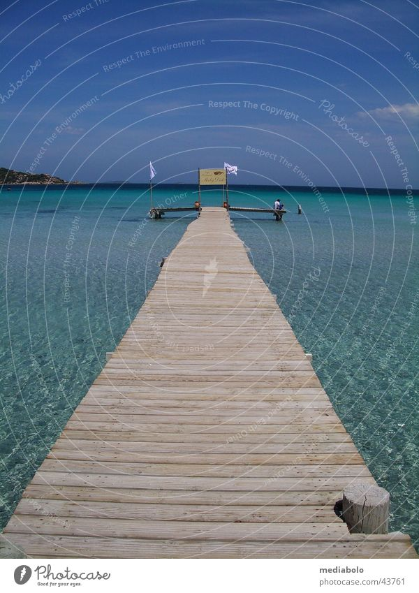 Bridge into Blue blau Strand Wärme Europa Physik Frankreich Bucht türkis Steg Mittelmeer Korsika