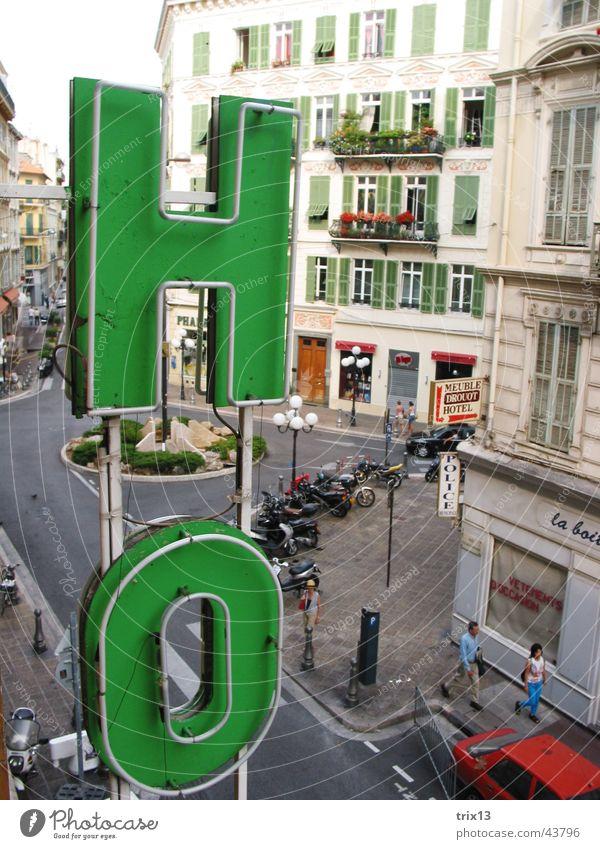 hotel in nizza Hotel Stadt Wort Buchstaben Nizza Frankreich grün Haus Ferien & Urlaub & Reisen Europa Schriftzeichen PKW alt
