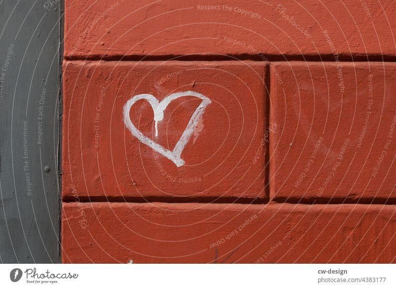 LIEBE - ein Herz für $(§€!*ß - gezeichnet & gemalt Willkommen willkommenskultur willkommenskulur willkommen heißen Schriftzeichen Farbfoto Politische Bewegungen
