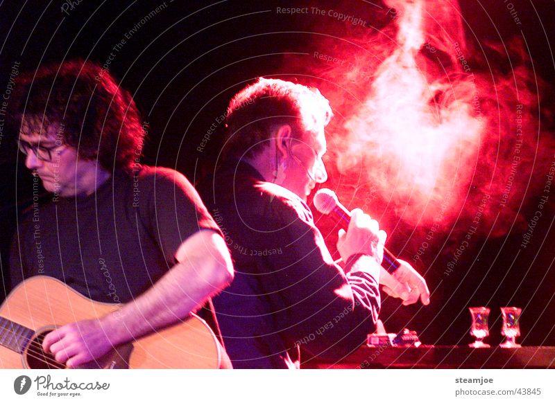 Nachtschicht 1 Schichtarbeit Zigarette Nachtaufnahme Konzert Musik Comedy Fritz Eckenga Peter Krettek Gitarre