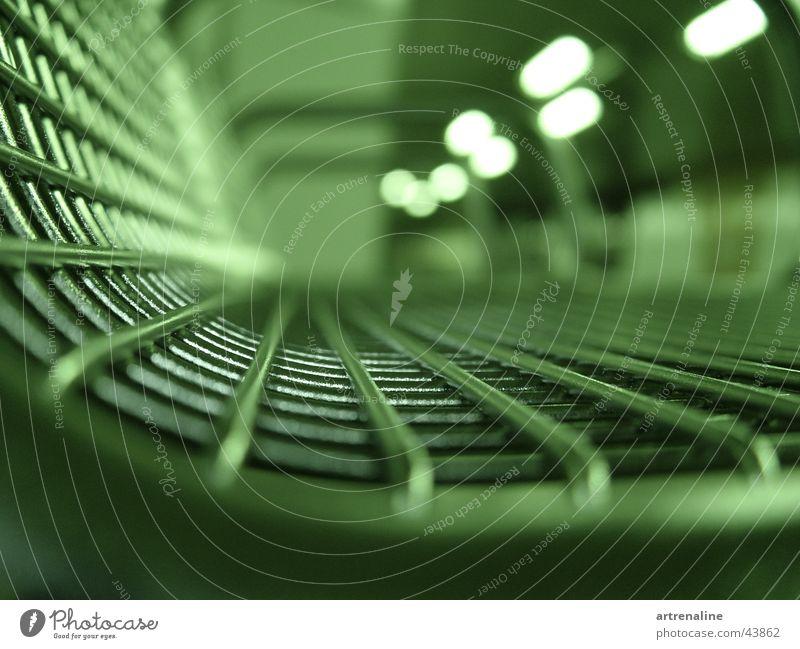 Betriebsruhe Ferien & Urlaub & Reisen Lampe Metall warten Verkehr Perspektive Stuhl Makroaufnahme U-Bahn Flucht streben Nachtaufnahme