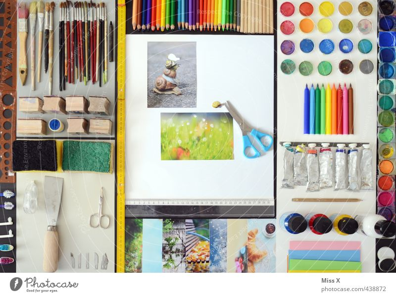 Bildbearbeitung 0.1 Freizeit & Hobby Basteln Bildschirm Software Kunst zeichnen mehrfarbig Farbe Kreativität Farbstift Schreibtisch Pinsel Schere Farbfoto