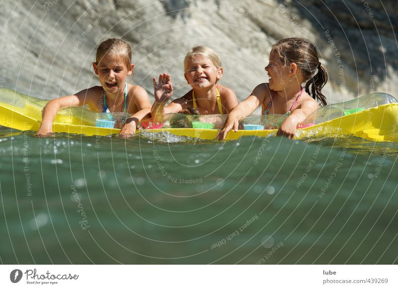 Wasserratten Schwimmen & Baden Ferien & Urlaub & Reisen Tourismus Sommer Sommerurlaub Wassersport Mensch Kindheit 3 3-8 Jahre Wassertropfen Teich See Bach Fluss