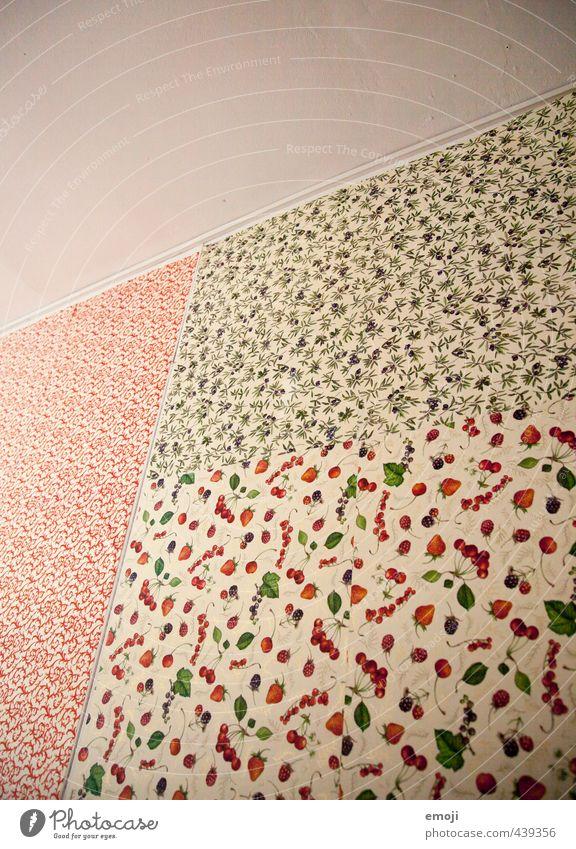 Tapeten-Mix Mauer Wand Fassade Zimmerdecke Zimmerecke Innenarchitektur Tapetenmuster Tapetenwechsel einzigartig Farbfoto Innenaufnahme Muster Menschenleer
