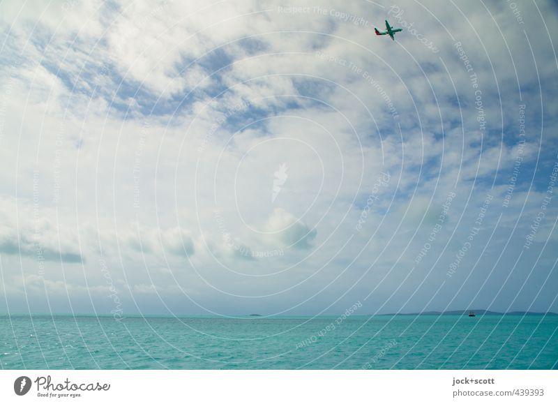 Back of Beyond Himmel Ferien & Urlaub & Reisen Farbe Wasser Meer ruhig Wolken Ferne Wärme Wege & Pfade Freiheit fliegen Stimmung hell Horizont leuchten