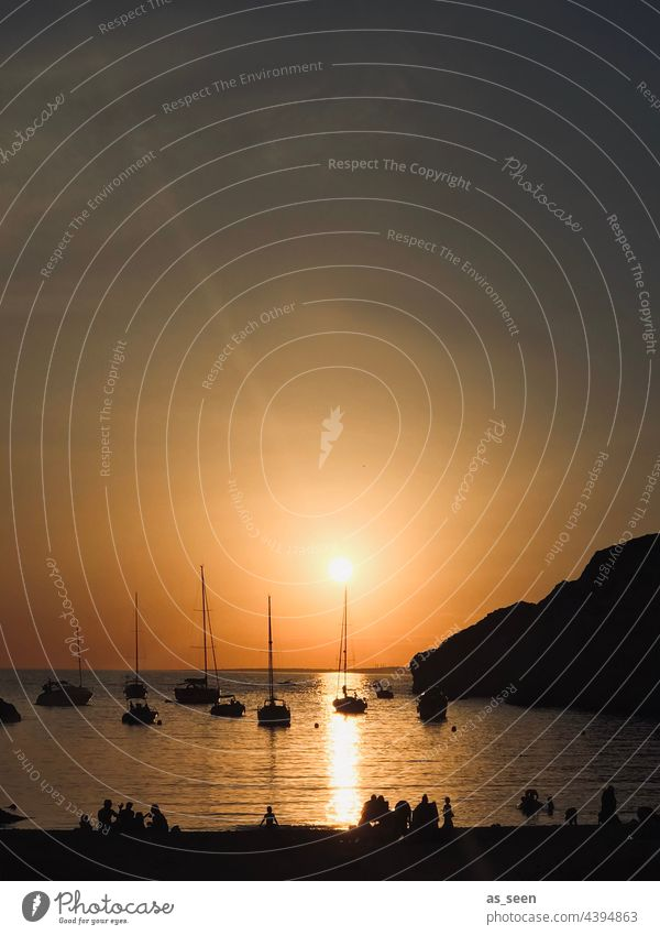 Sunset in Frioul Sonnenuntergang Wolken Himmel Abend Abenddämmerung Wasser Horizont Strand Natur Romantik Reflexion & Spiegelung Sommer Meer Licht