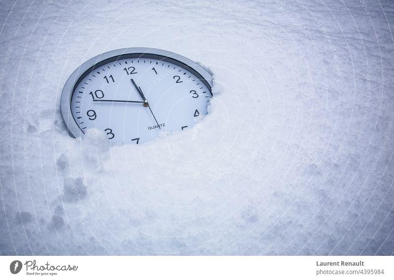 Notuhr für den Klimawandel Zeit Wandel & Veränderung Uhr kalt Countdown Frist Erde Notfall Umwelt umgebungsbedingt weltweit sich[Akk] beeilen Schnee Temperatur