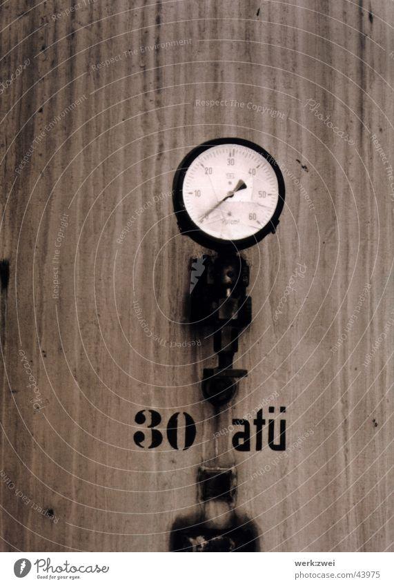 überdruck Barometer Kessel Elektrisches Gerät Technik & Technologie Schwarzweißfoto atü