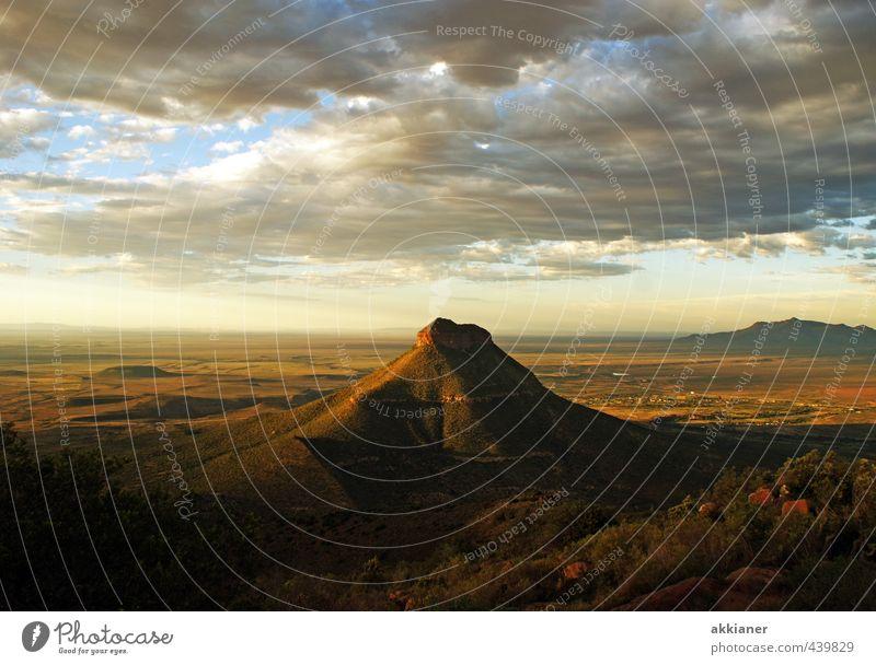 Weites Land Umwelt Natur Landschaft Himmel Wolken Felsen Berge u. Gebirge Gipfel hoch natürlich Ferne Farbfoto Gedeckte Farben mehrfarbig Außenaufnahme