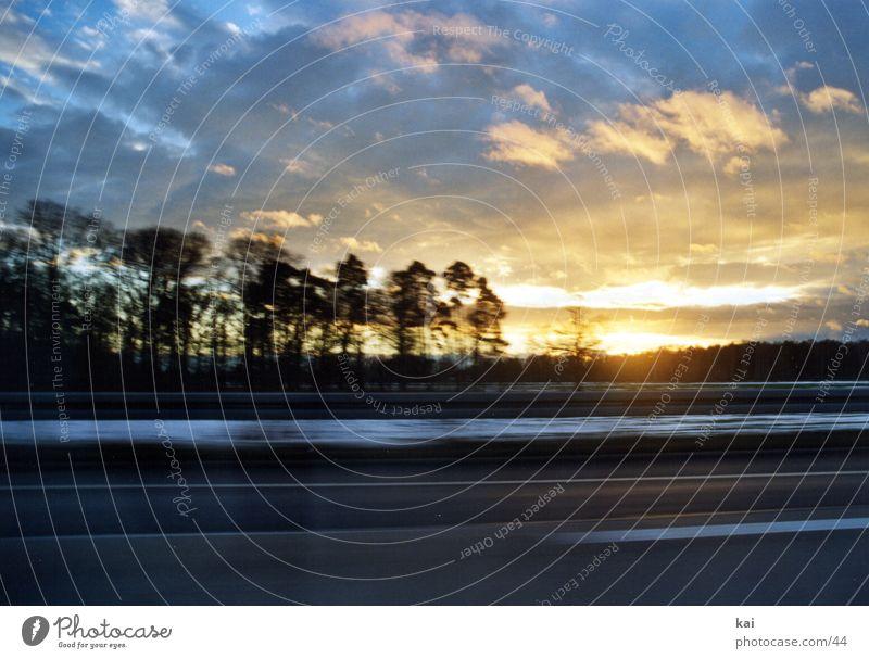 CarClouds01 Bewegungsunschärfe Wolken Stil Fototechnik Landschaft Geschwindigkeit Autofahren Wolkenformation Lichtspiel Sonnenlicht