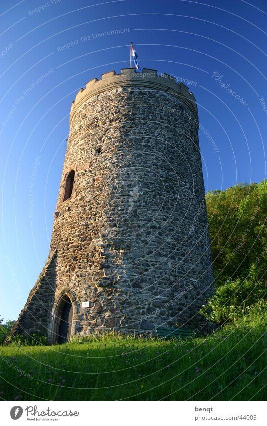 Burg Husen Mauer Architektur Turm Häusliches Leben Burg oder Schloss Schönes Wetter Festung Ritter Schwarzwald Mittelalter Feldsalat Turmburg Schlossberg
