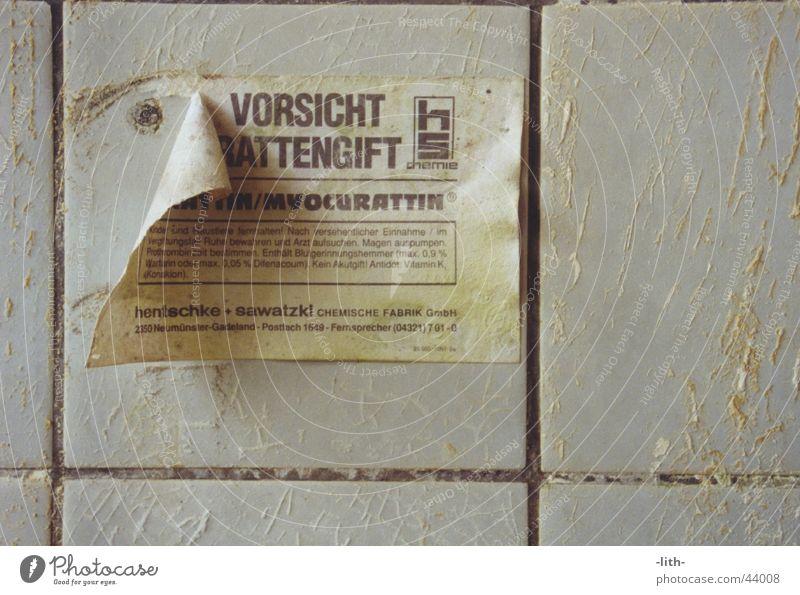 Rattengift Dinge Hinweisschild Zettel Russland Gift
