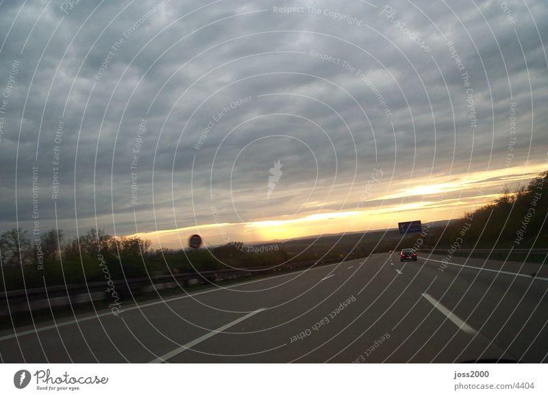 Sonnenuntergang auf der Autobahn Autobahn Fototechnik