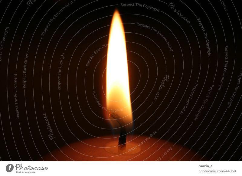 Kerze #2 dunkel Brand rund Flamme Kerzendocht