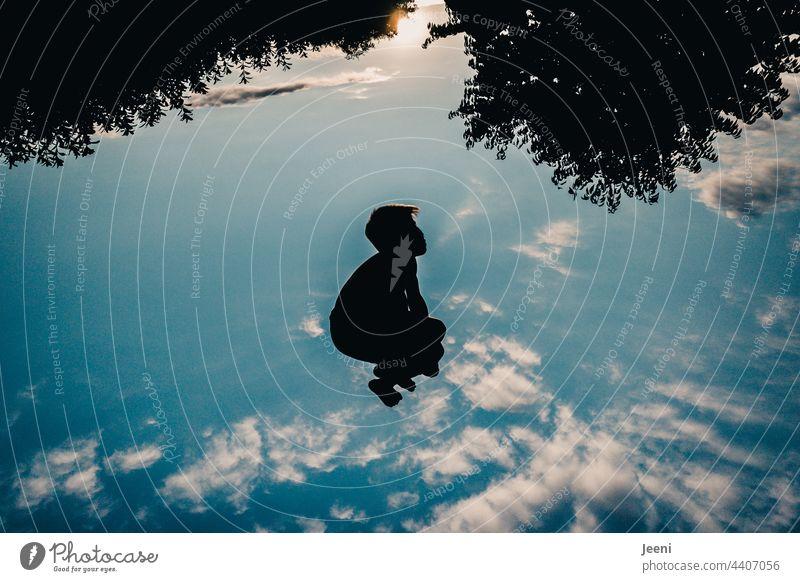 Yeahhhhhh - Sprung ins Blaue springen sprung fallen fallen lassen Surrealismus surreal surrealistisch unwirklich Himmel himmelblau himmlisch Wolken Wolkenhimmel