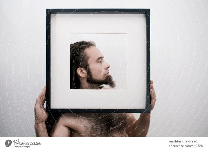 SEITENPROFIL Mensch maskulin Junger Mann Jugendliche Körper Kopf 1 festhalten selbstbewußt Kraft Rastalocken Bart Brustbehaarung Stolz Männlicher Akt Farbfoto
