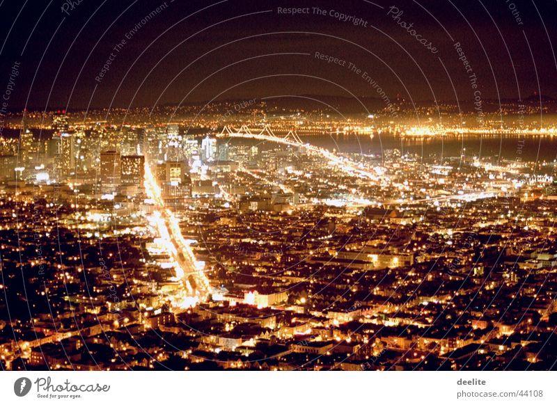 twinpeaks to san francisco Nacht Nebel blick auf san francisco