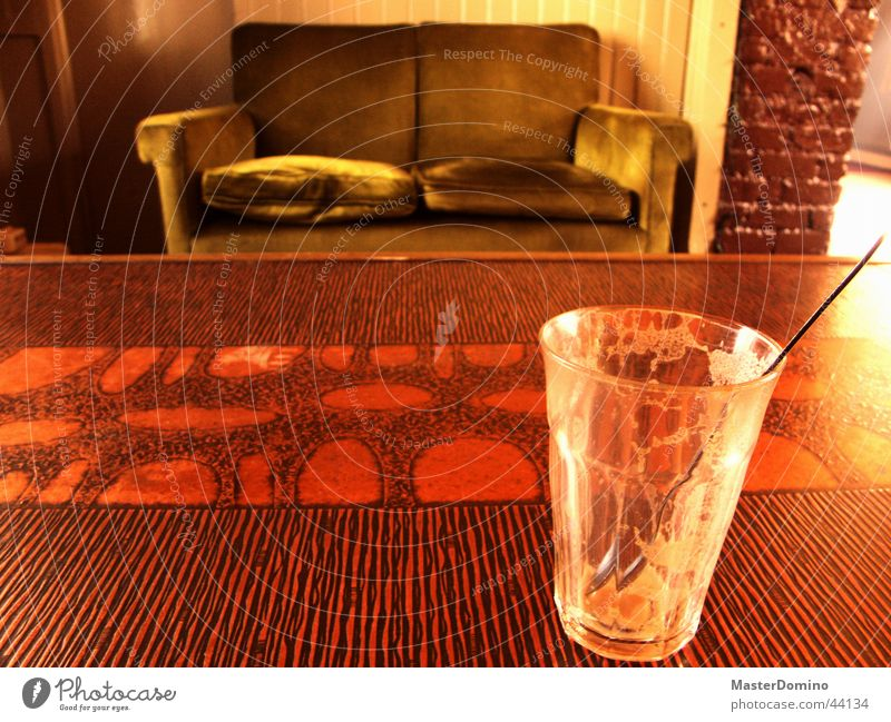 Kaffibarinn Sofa Café Milchkaffee Tisch leer Fototechnik Glas