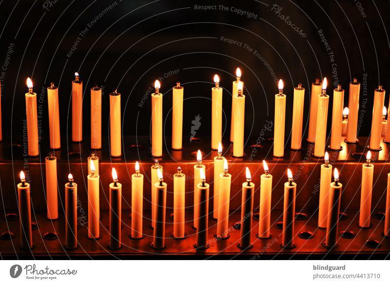 Liebe, Glaube, Hoffnung, ... Plastik Totenlicht Religion Gedenken Einnahmequelle Kerze Licht Ausnutzen Wärme Kerzen Öl Kunstlicht Missbrauch Kirche Leben