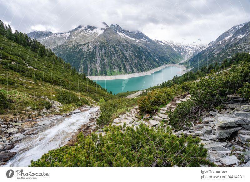 Schlegeis Stausee mit Blick auf den See. Zillertal, Österreich, Europa schlegeis stausee schön wandern tirol Trekking reisen Natur Berge u. Gebirge Panorama