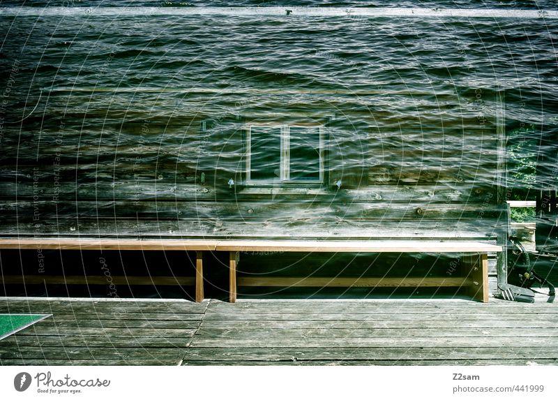 hüttntaucher Wasser Einsamkeit ruhig dunkel kalt Fenster Holz Wellen Idylle Design frisch ästhetisch einzigartig Seeufer geheimnisvoll rein