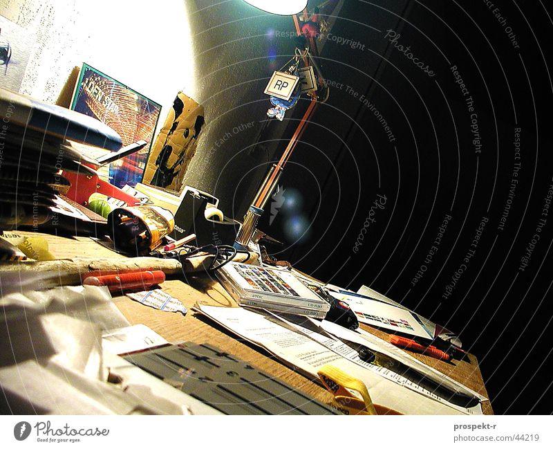 AThomE Häusliches Leben Bild Schreibtisch Compact Disc Schreibtischlampe Heftklammerer