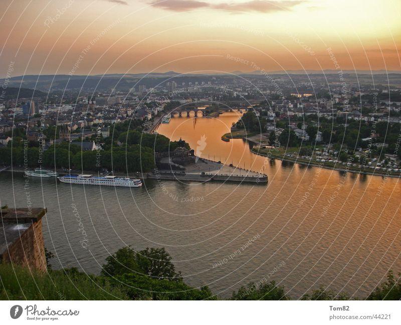Deutsches Eck Himmel Sonne Rheinland-Pfalz Deutschland historisch Rhein Deutsches Eck Mosel (Weinbaugebiet) Koblenz