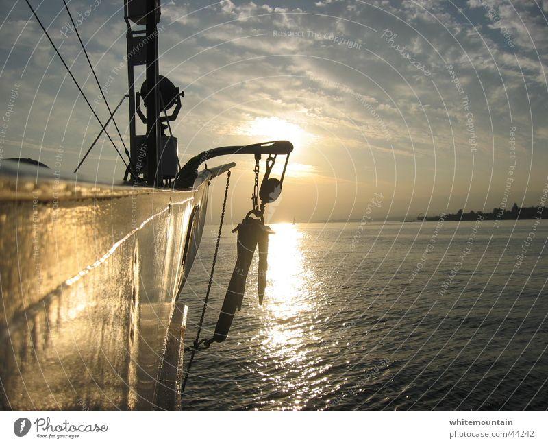sundowner Sonne Romantik Abenddämmerung Anker Dampfschiff Lausanne Genfer See