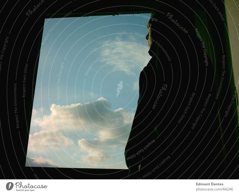 TU ES Fenster Silhouette Wolken Sehnsucht Gedanke ruhig Ferne Mann Himmel Profil Schatten blau Mut
