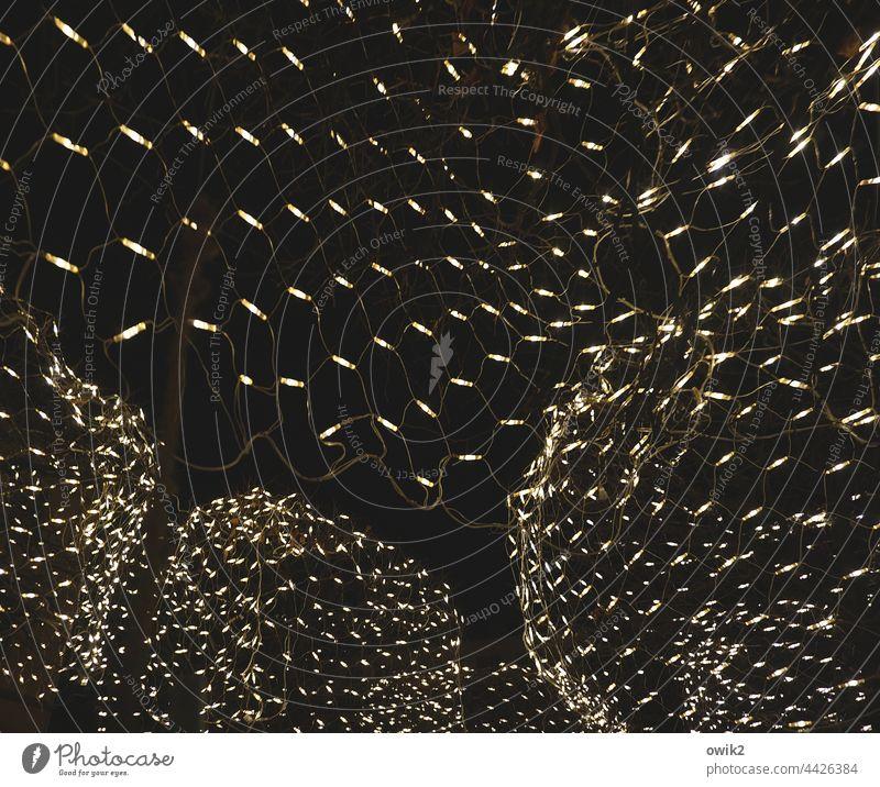 Umspannwerk Weihnachten & Advent Weihnachtsbeleuchtung Weihnachtsdekoration elektrisch Außenaufnahme Detailaufnahme Farbfoto Geschmackssache Stromverbrauch