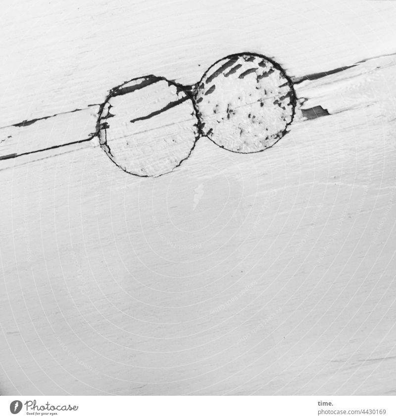 2LochFüllung bohrloch verschluss beton wand anstrich rund abdeckung versiegelt schutz sicherheit funktion schräg diagonal füllung kernbohrung kabelschacht zwei