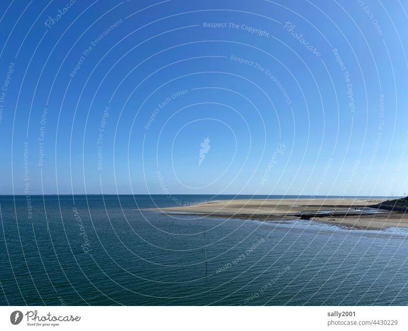 weite ruhige sommerliche Nordsee Meer Ebbe Gezeiten Weite Erholung Wattenmeer Ruhe Amrum Landschaft Wasser blau Himmel Horizont Ferien & Urlaub & Reisen Sand