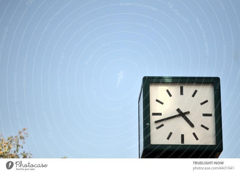 Die Zeit loslassen. Wenn dein starker Geist es will, steht jede Uhr still. Zifferblatt Uhrenzeiger Zeitpunkt Pünktlichkeit Genauigkeit Normaluhr öffentlich