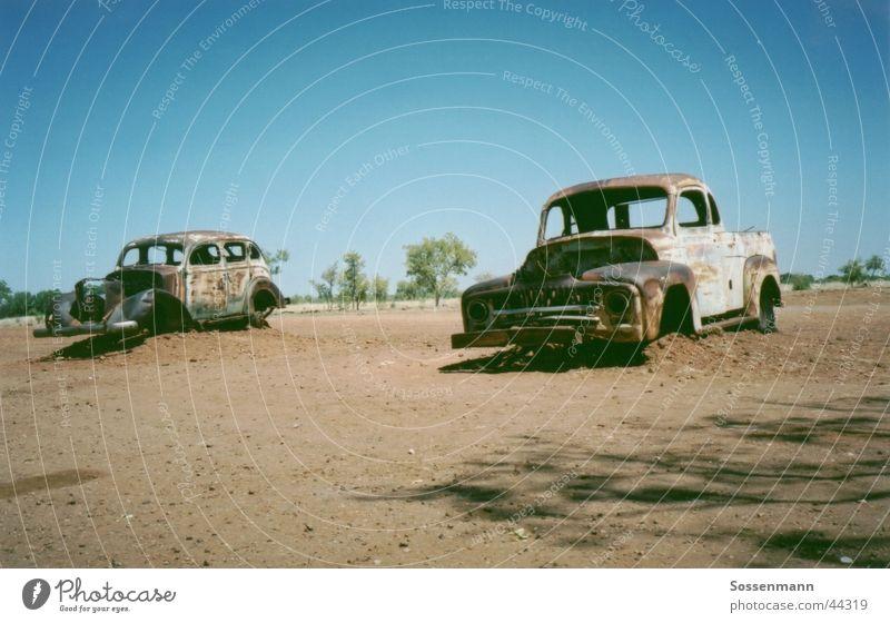 Zahn der Zeit alt Verkehr Wüste dünn Verfall Rost Australien Oldtimer Pickup Outback