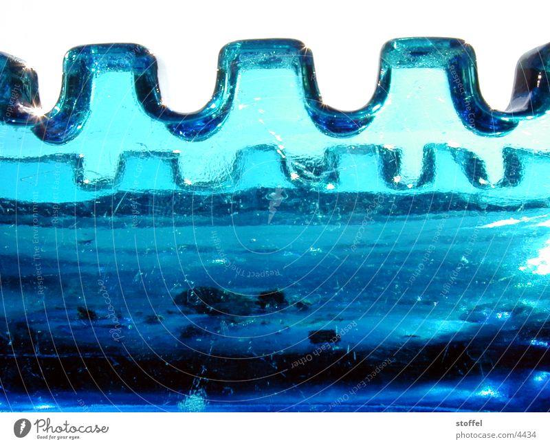 Zackenkrone Dinge Glas blau Zacken. Licht