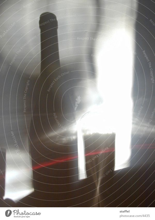 schatten an der wand Licht Fototechnik Schatten Flasche Glas