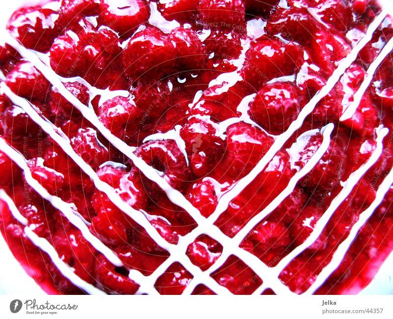 lecker, lecker! Frucht Kuchen Ernährung Gesundheit Torte Himbeertorte Himbeeren Zuckerguß gelatine Muster