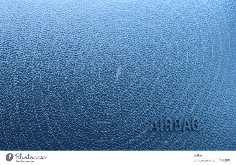 Airbag blau Luft PKW Verkehr Noppe