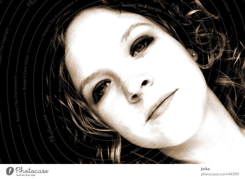 moi Mensch feminin Junge Frau Jugendliche Erwachsene Kopf Gesicht 1 13-18 Jahre 18-30 Jahre blond Locken schön Schwarzweißfoto Innenaufnahme Textfreiraum links