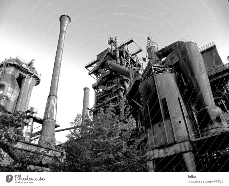 Landschaftspark Duisburg-Nord Industrie Maschine Technik & Technologie Park Turm Kraft Industriefotografie Schwarzweißfoto