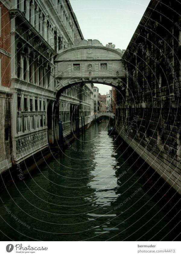 Venice Brücke historisch Abwasserkanal