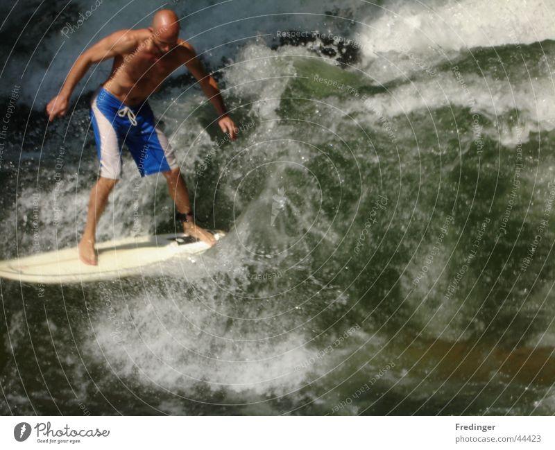 2 hot Mann Freude Sport Wellen Mut Surfen Kühlung