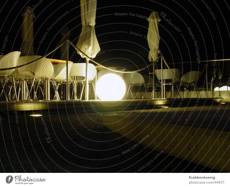 Lightsphere Nacht Langzeitbelichtung Lichtobjekt ruhig Café Stimmung