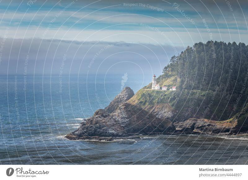 Der historische Heceta Head Leuchtturm, Florence Oregon USA Tourismus heceta Ufer Meer Küste Landschaft reisen Licht Leuchtfeuer Wasser pazifik Himmel Florenz