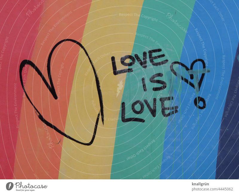Love ist love! Liebe Regenbogenfarben Herz Gefühle Liebeserklärung Graffiti Romantik Liebesbekundung Wand Liebesgruß farbig Streifen Ausrufezeichen