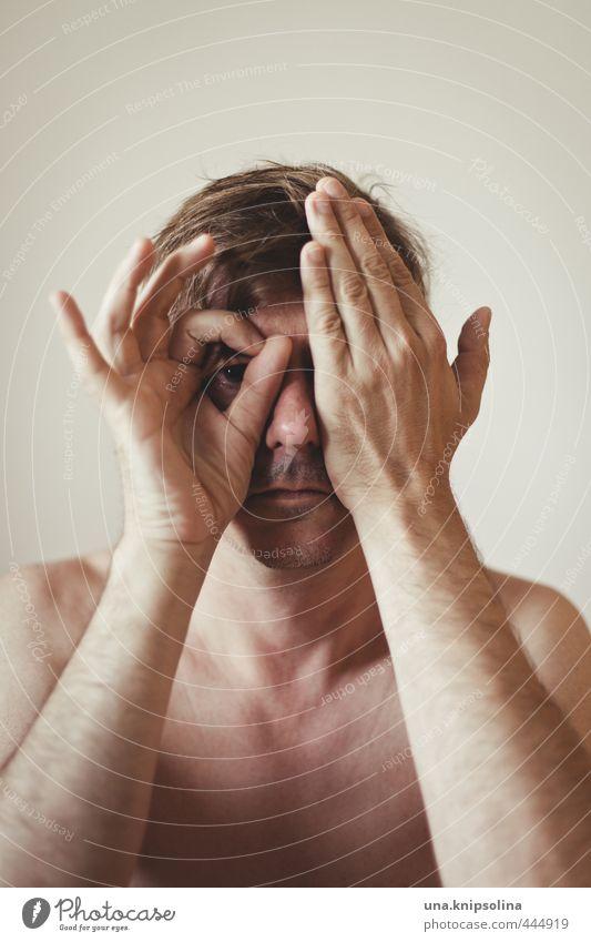the side you never get to see Mann Erwachsene Gesicht Hand 1 Mensch 30-45 Jahre blond beobachten berühren Denken Gefühle Schutz Verschwiegenheit ruhig Neugier