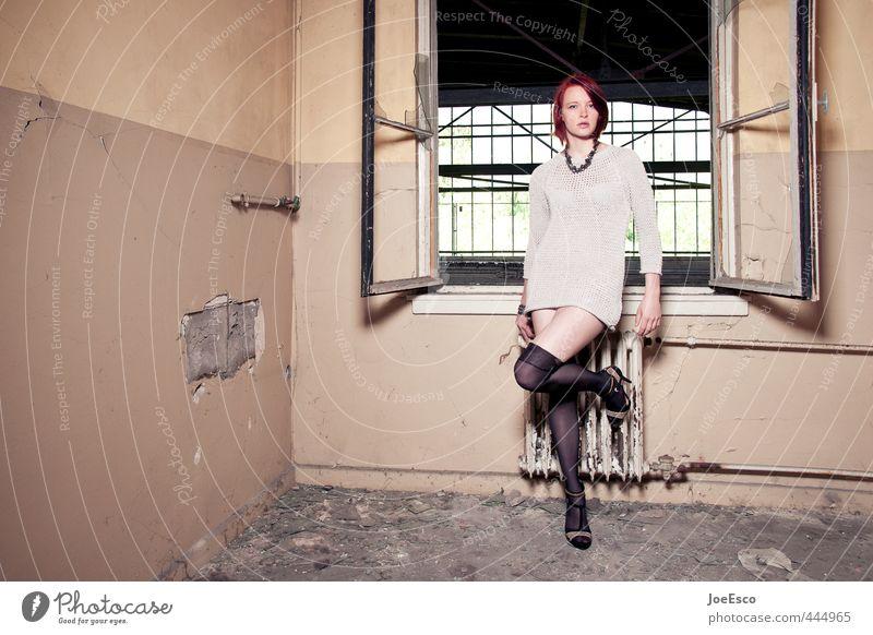 #444965 Mensch Frau Jugendliche schön 18-30 Jahre Erwachsene Fenster Wand Leben Mauer Innenarchitektur Stil Mode träumen Raum stehen